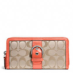 COACH CAMPBELL SIGNATURE BUCKLE ACCORDION ZIP - SILVER/LIGHT KHAKI/CORAL - F50095