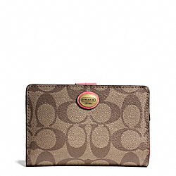 COACH PEYTON SIGNATURE MEDIUM WALLET - ONE COLOR - F50114