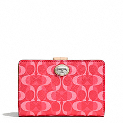 COACH PEYTON DREAM C MEDIUM WALLET - ONE COLOR - F50136
