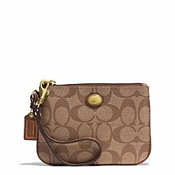 COACH PEYTON SIGNATURE SMALL WRISTLET - BRASS/KHAKI/SADDLE - F50142