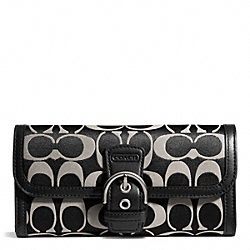 COACH CAMPBELL SIGNATURE BUCKLE SLIM ENVELOPE - SILVER/BLACK/WHITE/BLACK - F50149