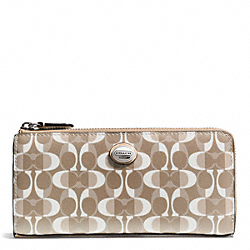COACH PEYTON DREAM C SLIM ZIP - SILVER/LIGHT KHAKI/TAN - F50150