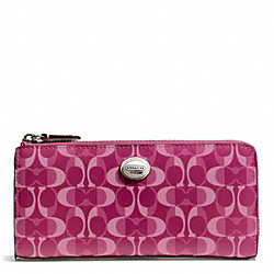 COACH PEYTON DREAM C SLIM ZIP - SILVER/BORDEAUX/TAN - F50150