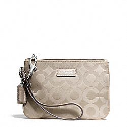 TAYLOR OP ART SIGNATURE SMALL WRISTLET COACH F50423