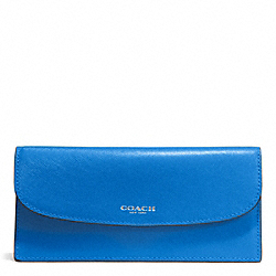 DARCY LEATHER SOFT WALLET - f50428 - SILVER/CERULEAN