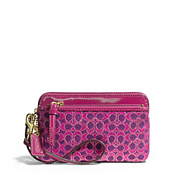 COACH POPPY DOUBLE ZIP WRISTLET IN METALLIC SIGNATURE FABRIC - ONE COLOR - F50549