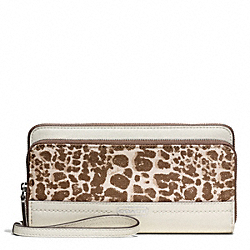 COACH PARK GIRAFFE PRINT DOUBLE ACCORDION ZIP - ONE COLOR - F50665