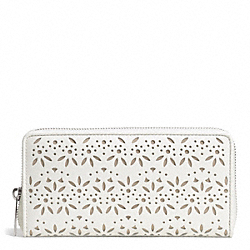 COACH TAYLOR EYELET LEATHER ACCORDION ZIP - SILVER/IVORY - F50673