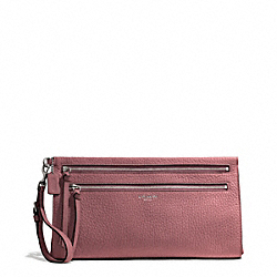 COACH BLEECKER PEBBLED LEATHER LARGE CLUTCH - SILVER/ROUGE - F50810