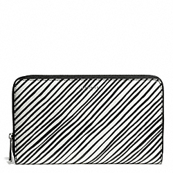 COACH BLEECKER BLACK AND WHITE PRINT COATED CANVAS CONTINENTAL ZIP WALLET - SILVER/WHITE MULTICOLOR - F50870