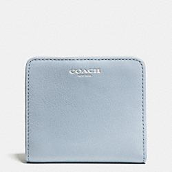 COACH BLEECKER SMALL WALLET IN LEATHER - SILVER/POWDER BLUE - F51045