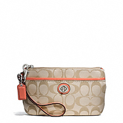 COACH CAMPBELL SIGNATURE MEDIUM WRISTLET - ONE COLOR - F51109