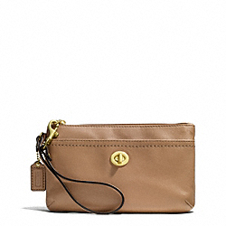 COACH CAMPBELL LEATHER MEDIUM WRISTLET - ONE COLOR - F51110