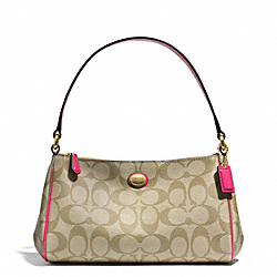 PEYTON TOP HANDLE POUCH IN SIGNATURE  FABRIC - BRASS/LT KHAKI/POMEGRANATE - COACH F51175