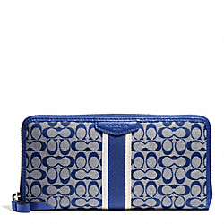 COACH SIGNATURE STRIPE 6CM ACCORDION ZIP - SILVER/NAVY/NAVY - F51176