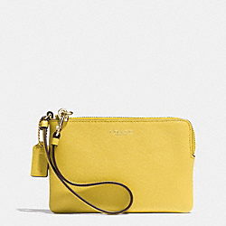 COACH SMALL WRISTLET IN SAFFIANO LEATHER - LIGHT GOLD/SAFFRON - F51197