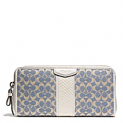 COACH SIGNATURE STRIPE JACQUARD ACCORDION ZIP WALLET - ONE COLOR - F51210