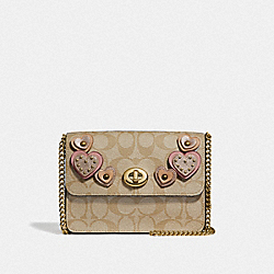 BOWERY CROSSBODY IN SIGNATURE CANVAS WITH HEART APPLIQUE - KHAKI MULTI /IMITATION GOLD - COACH F51332