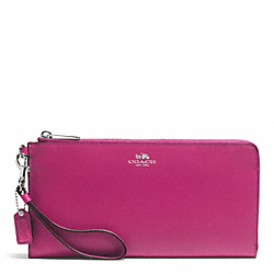 COACH DARCY LEATHER HOLDALL WALLET - SILVER/RASPBERRY - F51352