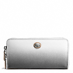 PEYTON OMBRE ACCORDION ZIP WALLET - f51382 - SILVER/CHARCOAL