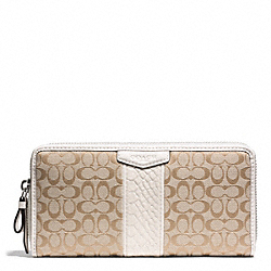 COACH SIGNATURE STRIPE SNAKE ACCORDION ZIP WALLET - ONE COLOR - F51383