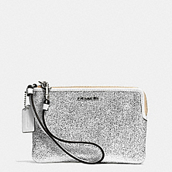 COACH BLEECKER ZIP SMALL WRISTLET IN METALLIC CRACKLE CANVAS - SILVER/WHITE - F51422