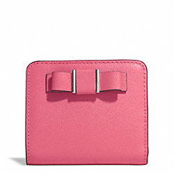 COACH DARCY BOW SMALL WALLET - SILVER/STRAWBERRY - F51671