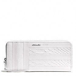 WHITE PATCHWORK LEATHER SLIM CONTINENTAL ZIP AROUND WALLET - f51720 - UE/WHITE