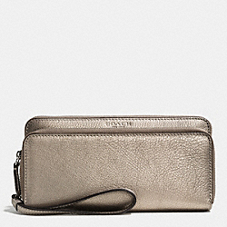 PARK LEATHER DOUBLE ACCORDION ZIP WALLET - f51725 - SILVER/PEWTER