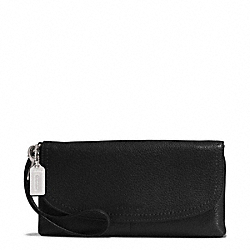 PARK LEATHER LARGE FLAP WRISTLET - f51821 - SILVER/BLACK