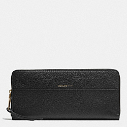 COACH SLIM ACCORDION ZIP WALLET IN PEBBLE LEATHER - LIGHT GOLD/BLACK - F51862