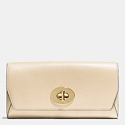 COACH MADISON SLIM ENVELOPE WALLET IN LEATHER - LIGHT GOLD/MILK - F51968