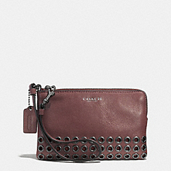 COACH BLEECKER GROMMETS SMALL WRISTLET IN LEATHER - BLACK ANTIQUE NICKEL/BRICK - F52074