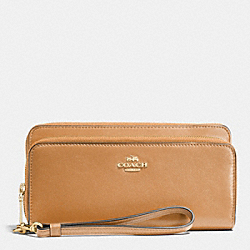 COACH DOUBLE ACCORDION ZIP WALLET IN LEATHER - LILQD - F52103