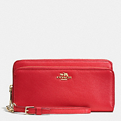 COACH DOUBLE ACCORDION ZIP WALLET IN LEATHER - LIGHT GOLD/RED - F52103