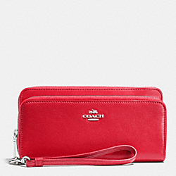 COACH DOUBLE ACCORDION ZIP WALLET IN LEATHER - SILVER/TRUE RED - F52103