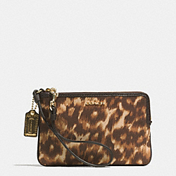MADISON SMALL WRISTLET IN OCELOT PRINT FABRIC - f52105 -  LIGHT GOLD/MULTICOLOR