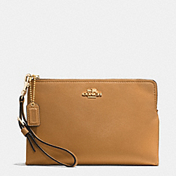 COACH MADISON LARGE POUCH WRISTLET IN LEATHER - LIGHT GOLD/BRINDLE - F52115
