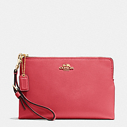 COACH MADISON LARGE POUCH WRISTLET IN LEATHER - LIGHT GOLD/LOGANBERRY - F52115