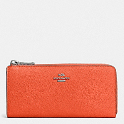 COACH SLIM ZIP WALLET IN EMBOSSED TEXTURED LEATHER - SILVER/CORAL - F52333