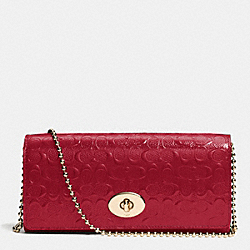 COACH SLIM ENVELOPE ON CHAIN IN LOGO EMBOSSED PATENT LEATHER - LIGHT GOLD/RED - F52335