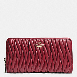 COACH ACCORDION ZIP WALLET IN GATHERED LEATHER - LIGHT GOLD/BLACK CHERRY - F52351