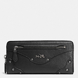 COACH RIVETS ACCORDION ZIP AROUND WALLET IN LEATHER - ANTIQUE NICKEL/BLACK - F52362