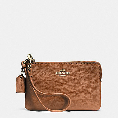 COACH CORNER ZIP WRISTLET IN SIGNATURE - LIGHT GOLD/SADDLE - f52392