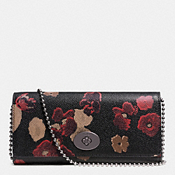 COACH SLIM ENVELOPE WALLET ON CHAIN IN FLORAL PRINT LEATHER - BURNISHED ANTIQUE BRASS/BLACK MULTI - F52398