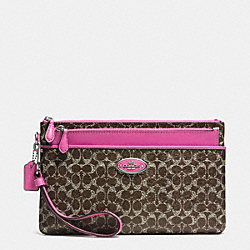 LARGE WRISTLET WITH POP-UP POUCH IN SIGNATURE COATED CANVAS - SILVER/BROWN/FUCHSIA - COACH F52423