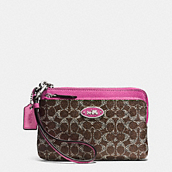 COACH L-ZIP WRISTLET IN SIGNATURE - SILVER/BROWN/FUCHSIA - F52455