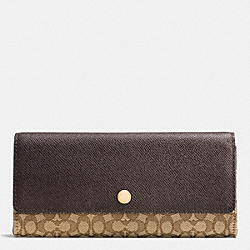COACH SOFT WALLET IN SIGNATURE JACQUARD - LIGHT GOLD/KHAKI/BROWN - F52575