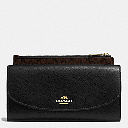 COACH CROSSGRAIN LEATHER POP SLIM ENVELOPE - LIGHT GOLD/BLACK - F52628