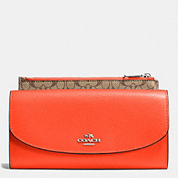 COACH CROSSGRAIN LEATHER POP SLIM ENVELOPE - SILVER/CORAL - F52628